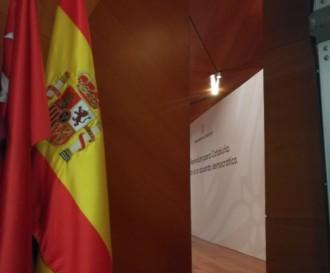 Vés a: Així han amagat les banderes d'Espanya i Madrid durant la conferència del Govern