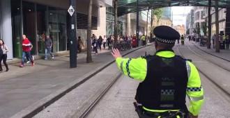 Vés a: Un detingut per un «incident» que ha obligat a evacuar un centre comercial a Manchester