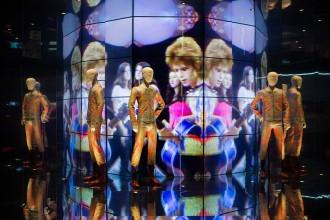 Vés a: Les mil cares de David Bowie il·luminen el Museu del Disseny de Barcelona