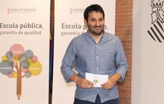 Vés a: El TSJ valencià manté la suspensió cautelar del decret de plurilingüisme en l'ensenyament no universitari