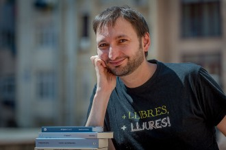 Vés a: Aniol Rafel, enginyer de llibres i paraules