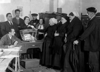 Vés a: I les dones van començar a votar