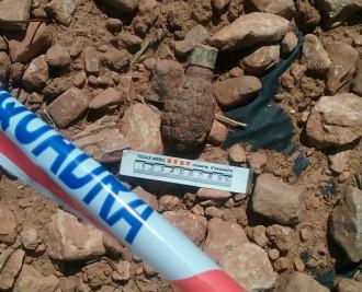 Vés a: Un veí localitza una granada de mà en una finca a Alcover, a l'Alt Camp