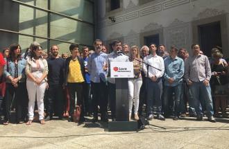 Vés a: Puigdemont convoca una cimera d'urgència pel referèndum... i els «comuns» se'n desmarquen
