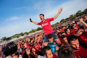 Vés a: L'Olot torna a la Segona Divisió B un any després