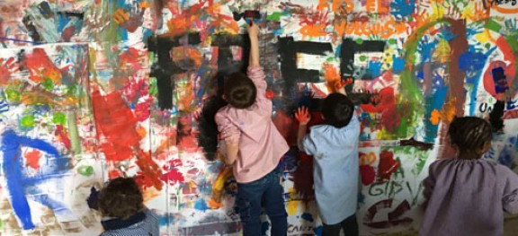 L'Escola El Vinyet participa a l'exposició ART + ESCOLA + CAOS de Vic