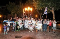 Mig centenar de seguidors madridistes es concentren al Passeig de Solsona per celebrar la Dotzena Champions