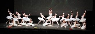 L'Escola de Dansa de Solsona omple de somnis la Sala Polivalent