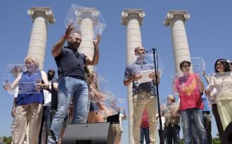 Vés a: Pep Guardiola: «Quan un poble demana votar, demana fer ús de la democràcia»