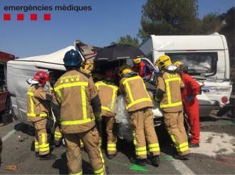 Vés a: Una persona ferida greu en un accident múltiple a l'AP-7, a Sant Celoni