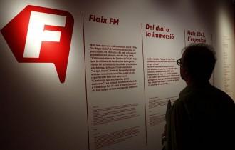 Vés a: Flaix FM celebra 25 anys amb una exposició on analitza el futur del consum radiofònic