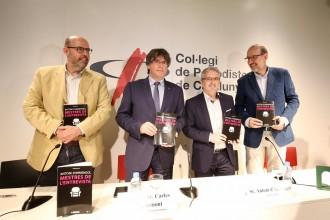 Vés a: Puigdemont, sobre Villarejo: «En un altre país hi hauria un escàndol de proporcions siderals»