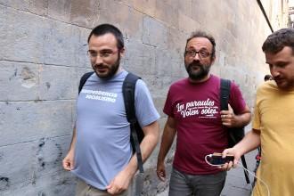 Vés a: Puigdemont garanteix a partits i entitats que «solucionarà» la compra de les urnes