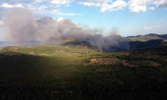 Vés a: Declarat un incendi que amenaça el parc natural de la Serra Calderona, al País Valencià