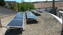 Vés a: Olot instal·la el primer sistema de plaques solars d'autoconsum municipal