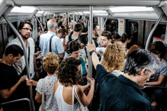 Vés a: Els treballadors del metro decideixen avui si posen punt i final a tres mesos de vaga