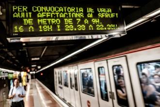 Vés a: El metro arrossega tres mesos de vagues per la incapacitat de TMB d'acordar el conveni