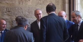 Vés a: Un senador d'ERC regala a Rajoy el documental sobre les clavegueres d'Interior