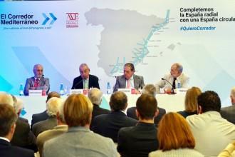 Vés a: Els empresaris valencians valoren positivament l'impuls al Corredor Mediterrani amb De la Serna