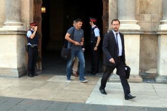 Vés a: L'agenda de Gordó i un «pen drive»: la versió de la Generalitat sobre la visita de la Guàrdia Civil