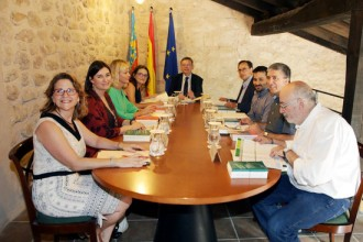 Vés a: El govern valencià assegura que ha acatat la suspensió cautelar del decret de plurilingüisme