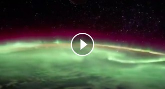 Vés a: VÍDEO Com es veu una aurora boreal des de l'espai?