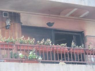Evacuen un bloc de pisos de Solsona per un foc en un balcó