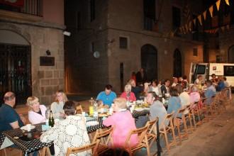 El barri de Santa Susanna conserva la tradició celebrant una lluïda festa