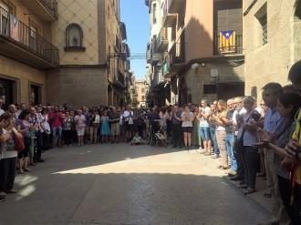 Silenci de consternació i solidaritat a la Plaça de l'Ajuntament de Solsona