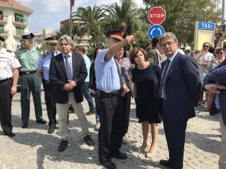 Vés a: Soraya Sáenz de Santamaría visita el lloc de l'atemptat terrorista de Cambrils