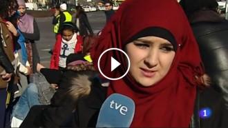 Vés a: VÍDEO Crítiques a TVE per l'«enorme error» d'emetre aquestes imatges de musulmans