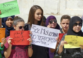 Vés a: VÍDEO «Que el terrorisme no ens divideixi», missatge de la comunitat musulmana de Tarragona