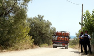 Vés a: Localitzada a la Ràpita la que podria ser la furgoneta de l'imam de Ripoll