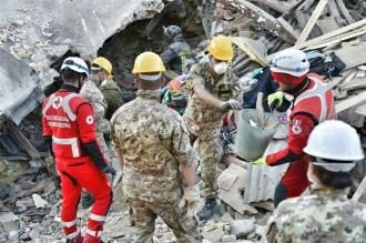 Vés a: Almenys dos morts i 39 ferits per un terratrèmol de magnitud 3,6 a l'illa italiana d'Ischia