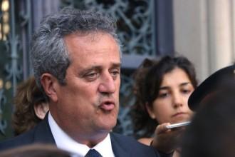 Vés a: Joaquim Forn: «Estem investigant les possibles connexions internacionals dels terroristes»