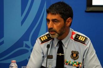 Vés a: Trapero, als Mossos: «Hem donat tranquil·litat a tot un país que ara ens mira amb admiració»