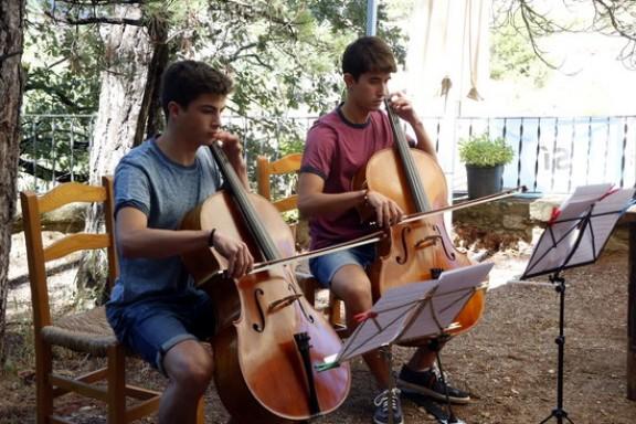Joves talents d'arreu del món converteixen Solsona en una gran aula de música clàssica