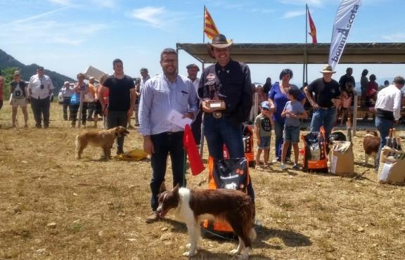El cerdà Esteve Ribero amb la gossa Yuta guanya el XII Concurs d'Odèn