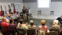 Un grup de passeig, 'mindfulness' i noves tècniques de mitja i ganxet, novetats de l'oferta d'activitats per a la gent gran de Solsona