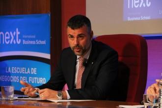 Vés a: La CUP veu el pas de Santi Vila a l'empresa privada com un nou cas de «portes giratòries»