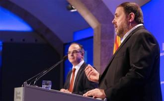 Vés a: Junqueras admet que el setge de la Guàrdia Civil «altera» el referèndum