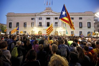 Vés a: Diumenge de «Marató per la Democràcia»: tornen les mobilitzacions als ajuntaments