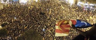 Vés a: El sobiranisme pren el carrer per salvar l'1-O