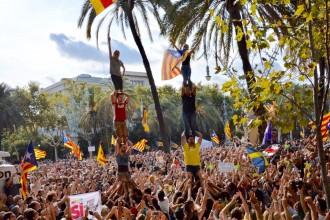 Vés a: Puigdemont redobla el pols amb l'Estat  per l'1-O després de les detencions