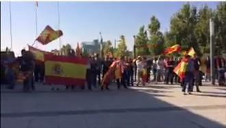 Vés a: TV3 denuncia l'«agressió a la democràcia i a la llibertat d'informació» patida a Saragossa