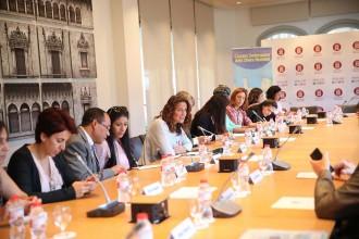 Vés a: Mercè Conesa trasllada a vuit defensors dels drets humans la preocupació per la coerció de l'Estat