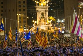 Vés a: EDITORIAL Des de Catalunya, a tots els periodistes lliures del món