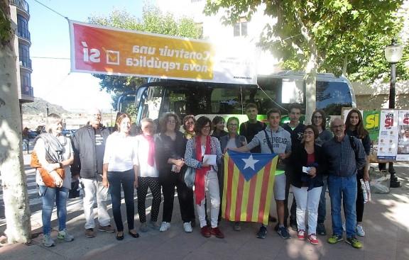 Un grup de solsonins se sumen a la manifestació de Barcelona contra l'operació referèndum