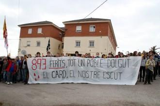 Manifestació històrica davant la Guàrdia Civil  de Solsona