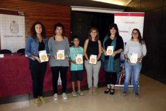 Infants de l'Escola El Vinyet de Solsona creen una guia de la ciutat adreçada a les famílies visitants